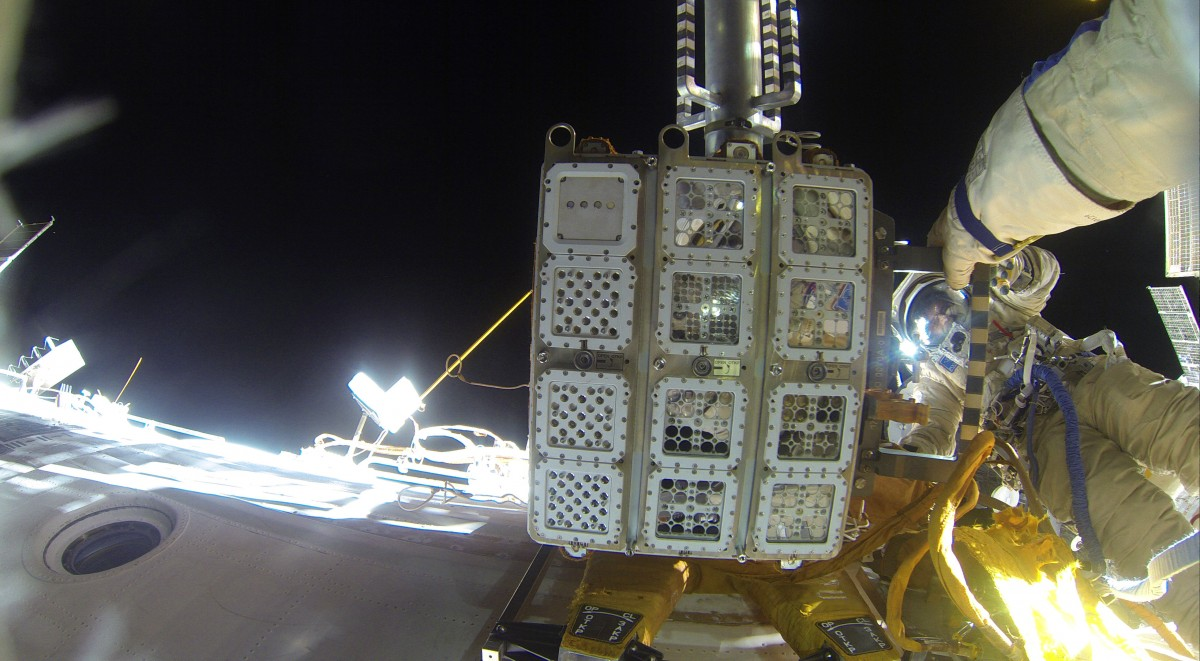 EXPOSE-R2 setup on the ISS. Credit: ESA.