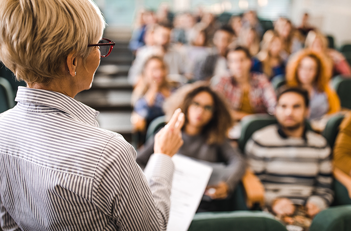 Attract scientific talent by promoting your university's attractive HR policies.