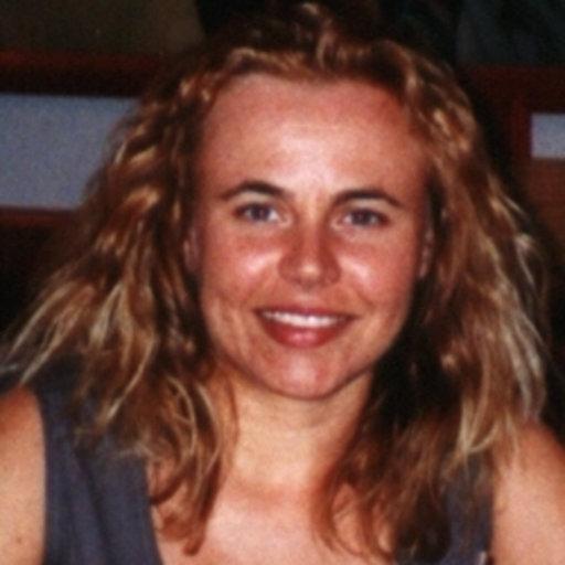 9c19fb99bca Lara Maistrello