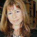 Susana L González
