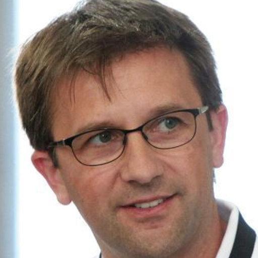 Wolfgang Schön