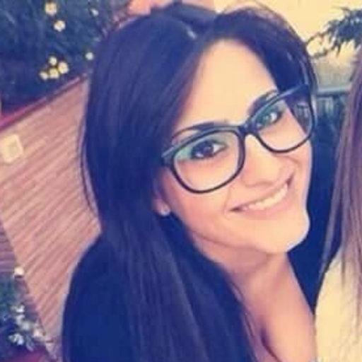 Giulia vecchiotti phd student bachelor of applied for Arredamenti giulia l aquila