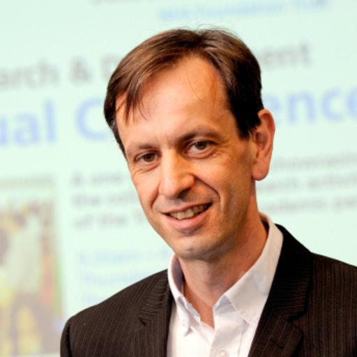 Mark Hayward   PhD (Surrey), DClinPsy (Leicester), BA (Sussex